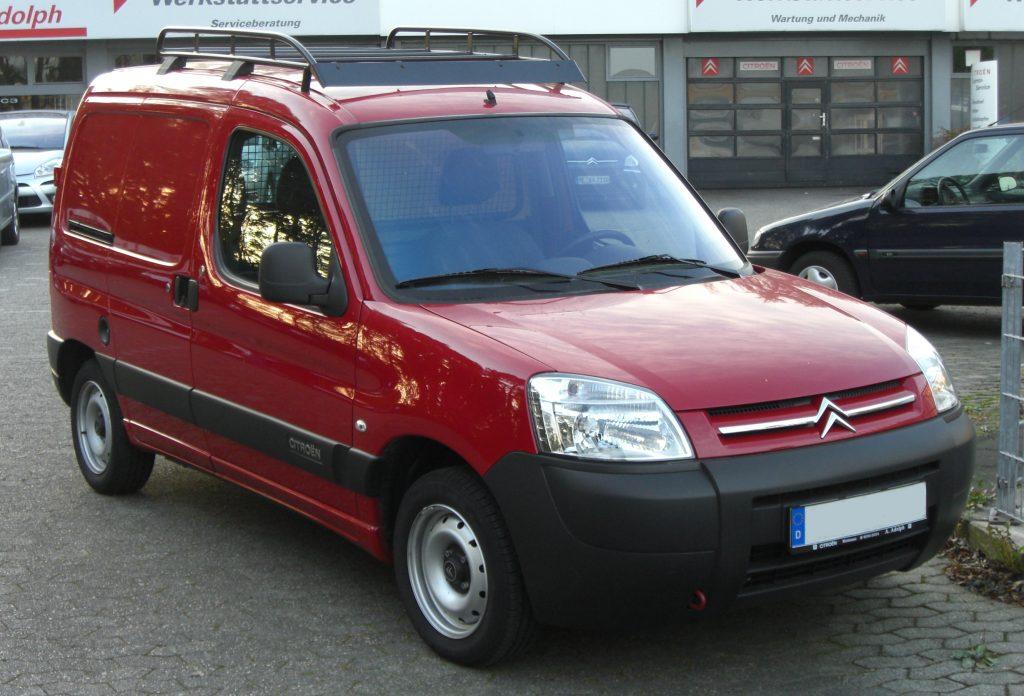 vehicule utilitaire 3 places