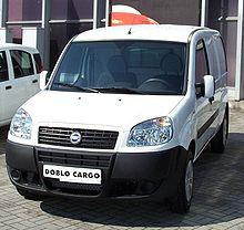 véhicule utilitaire 5 places